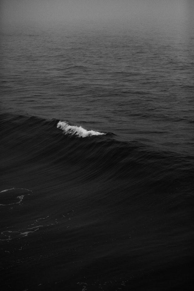 iphone wallpaper ocean waves dark